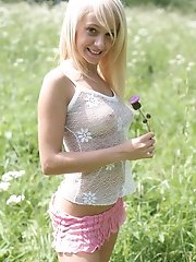 Alluring teen model simply wants to prove you that she is the sweetest teen girl on the web.